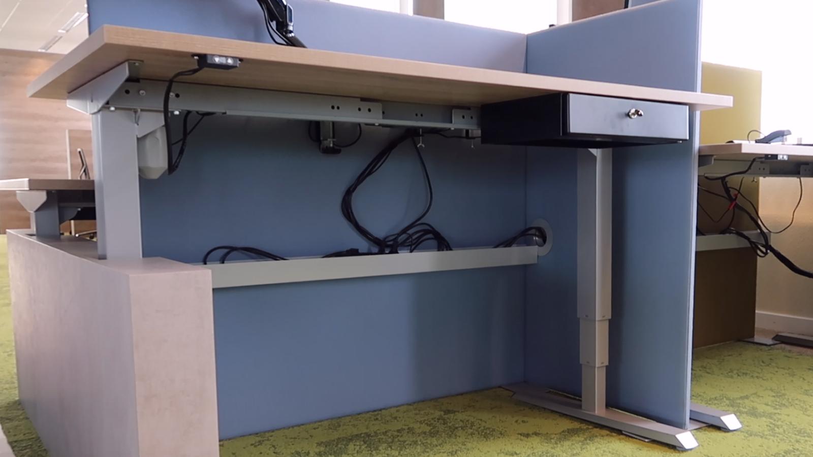 Pincvision werkplek scheidingswand en kabelgoot